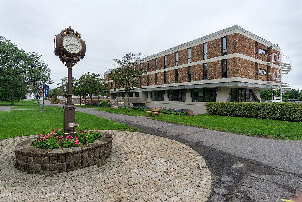 Muller Faculty Center and Class of 2003 clock, Ithaca College campus