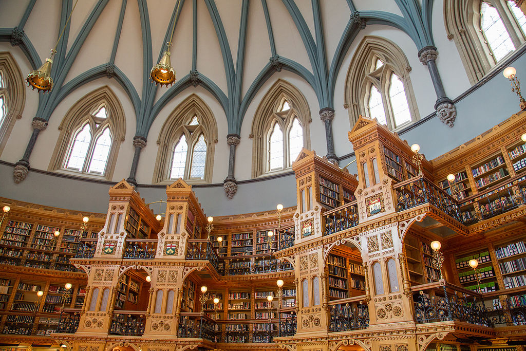 https://commons.wikimedia.org/wiki/File:The_Library_of_Parliament_(14579981339).jpg