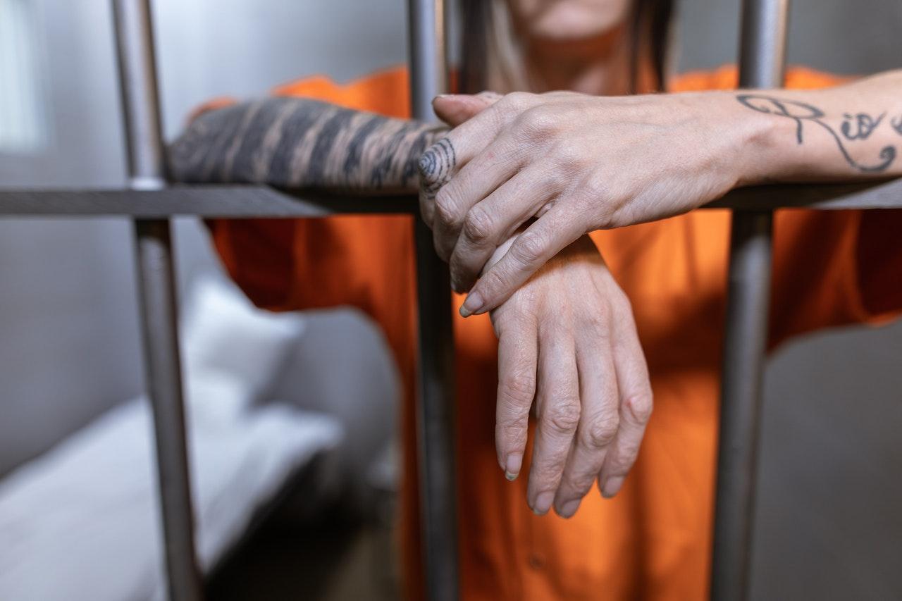 jail prisoner