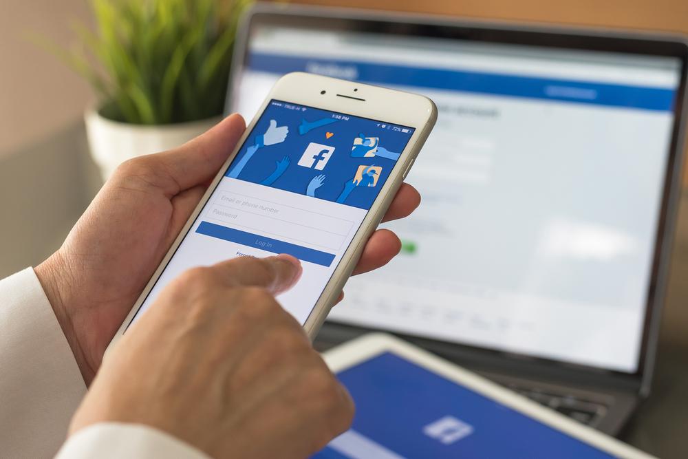 Facebook log in through cellphone